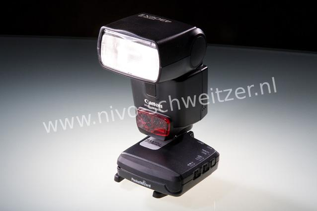 Pocket Wizard FlexTT5 Canon EX flits dedicated FlexTT5  transceiver met zijn ingebouwde hot-shoe
