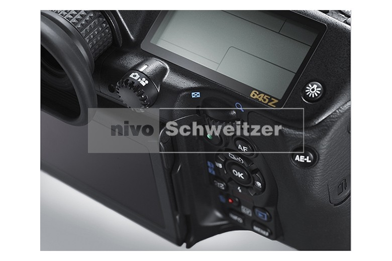 PENTAX 645Z body CMOS-sensor 51MP,  ISO 204.800, Full HD-video, tot en met 30 juni 2019 van € 5.999 voor......