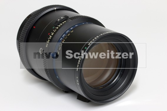 occasion MAMIYA RZ 250mm/4.5 [sn #10429] (NB Kit Sprong frontlens) was € 495.00