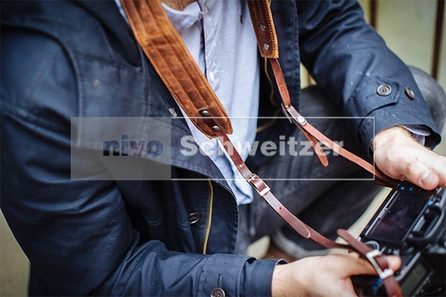 ONA The Presidio SLR camera strap [field tan wax]