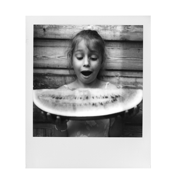 * POLAROID originals B&W600 instant film - white frame [Polaroid 600-serie camera]